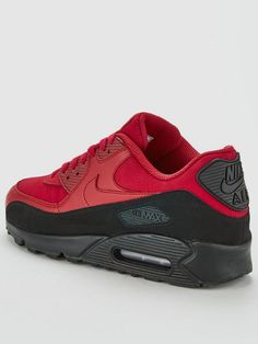 reputable site d8937 3be08 Nike Air Max 90 Essential