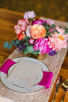My work at the Trouvaille Workshop.  Pretty Little Bash.  Photography: Bradley James Photography - bradleyjamesphotography.com  Read More: http://www.stylemepretty.com/2014/06/03/trouvaille-workshop-wedding-inspiration/