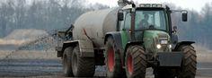 Düngung eines Ackers in Niedersachsen: Hoher Stickstoffüberschuss