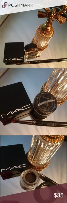 MAC Ostentatious  Stash NostalgiaDISCRARE LE MACOstentatious  Stash NostalgiaCollectionDISCONTINUEDHTFRARE Fluidline Eye-Liner Gel  MAC Fluidline (Discontinued) Ostentatious   A beautiful Natural BrownUltra-smooth, Fluidline's gel formula provides the precision of a liquid liner with a silkier,softer finish.The silver line through Authencityis that to MACgratis hole,in lipsticksemployeesIve been a MAC Fanatic since HS☺️my items are all RAREHTFLIMITED EDITIONDISCONTINUEDMACweaning outTrades…