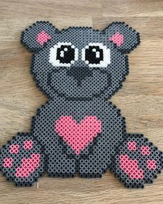 Fast and easy Perler Beads Designs, no matter what pattern you're looking, you can make it and decorate anything you want within a few minutes! Perler Bead Designs, Perler Bead Templates, Pearler Bead Patterns, Perler Patterns, Perler Beads, Perler Bead Mario, Fuse Beads, Hama Beads Animals, Harry Potter