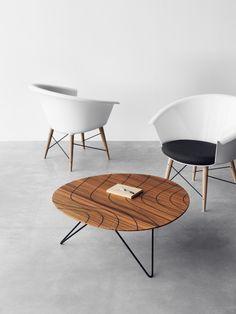 Captain Chair And Grace Table / Jangir Maddadi