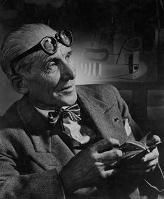 Le Corbusier by Yousuf Karsh. Le Corbusier was an architect, painter, urban planner, writer, and one of the pioneers of what is now called modern architecture. Le Corbusier Architecture, Art And Architecture, Famous Photographers, Portrait Photographers, Villa Savoye, Yousuf Karsh, Famous Architects, Portraits, Black And White