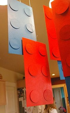 Idaho Mom: Lego Birthday Party-hanging decorations