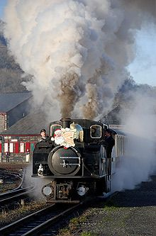 Ffestiniog & Welsh Highland Railways - a fantastic way to see Snowdonia! Double Fairlie pictured here in full steam. Hotels, Train System, Steam Railway, Snowdonia, Cymru, Steam Engine, Steam Locomotive, Train Tracks, Travel And Tourism