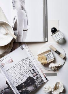 WEEKDAYCARNIVAL : Hyvä kirja - parempi mieli - Luxury Beauty - amzn.to/2hZFa13 luxury beauty products - http://amzn.to/2hu7dbB