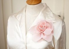 How to Make Five-Minute Fabric Flowers  :  wedding announcements chicago diy flowers tutorial Lotus F lotus-f