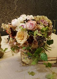#VressetRose #Wedding #pink #table coordinate#Guest table#smoky pink #natural #Flower #Bridal #ブレスエットロゼ #ウエディング# ピンク #スモーキーピンク #アンテーク#オールドローズ # ゲストテーブル #テーブルコーディネート #ナチュラル#ダリア#ブライダル#結婚式