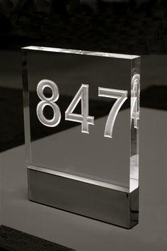 Jona Hoad-Illuminated Number No Buttons.JPG (798×1200)