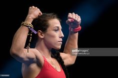 Joanna Jedrzejczyk poses on the scale during the UFC 211 weigh-in at the American Airlines Center on May 2017 in Dallas, Texas. Mma Girl Fighters, Female Mma Fighters, Female Fighter, Best Weight Loss, Weight Loss Tips, Gm Diet Plans, American Airlines Center, Ufc Women, Champions Of The World