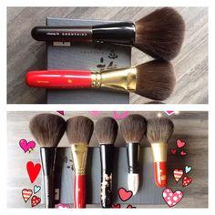 Japanese face powder brushes