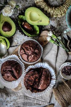 Magdalenas vegan de cacao y aguacate