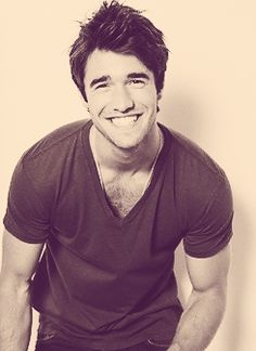 Joshua Bowman aka Daniel Grayson.. If you only knew how much i love you
