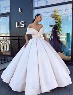 Off the Shoulder Pink Satin Ball Gown Prom Dresses 2019 off the shoulder ball gown prom/evening dresses Ball Gowns Prom, Ball Gown Dresses, Prom Dresses, Dress Up, Formal Dresses, Wedding Dresses, Sexy Dresses, Pink Ball Gowns, Summer Dresses