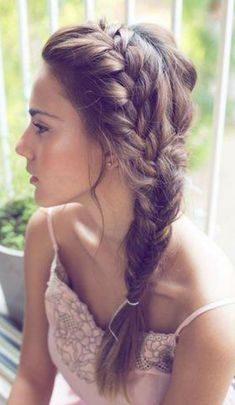 Chic Side Braid Hairstyles Side Braid Hairstyles for Long Hair: So Gorgeous for the Summer Bride!Side Braid Hairstyles for Long Hair: So Gorgeous for the Summer Bride! Side Braid Hairstyles, Pretty Hairstyles, Hairstyle Ideas, Hairstyles 2018, Updo Hairstyle, Everyday Hairstyles, Hairstyle Wedding, Funky Hairstyles, Brunette Hairstyles