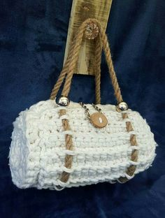 Knitted Bags, Straw Bag, Upcycle, Shabby Chic, Hand Painted, Handmade, Fashion, Moda, Hand Made