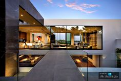 $29.95 Million Luxury Residence - 1442 Tanager Way, Los Angeles, CA