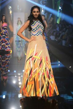 Lakmé Fashion Week – ABU JANI & SANDEEP KHOSLA AT LFW WF 2015