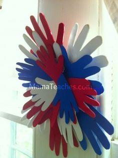 Mama Teaches - Fourth of July Hand Wreath Craft for Kids Foam Crafts, Preschool Crafts, Diy Crafts, Craft Foam, Holiday Crafts For Kids, Easy Crafts For Kids, Fouth Of July Crafts, Fourth Of July, 4th Of July Wreath