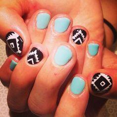 @mee_yagi #Kanae #gelnail #tribalnails #handpainted #nailart #vanityprojects  (at Vanity Projects)
