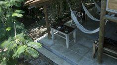 Playa Manglares, hosteria: galeria de hamacas