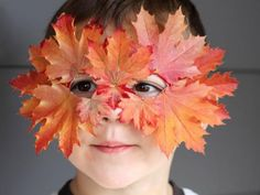 18 Fabulous Fall DIY Projects Using Autumn Leaves Easy Fall Crafts, Fall Crafts For Kids, Fall Diy, Diy For Kids, Crafts To Make, Kids Crafts, Décor Crafts, Kid Costume, Costumes