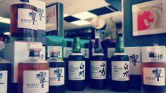 Nouveaux Whiskys SUNTORY en quantités limitées car de plus en plus RARE, disponibles en magasin.  #NEKOTEN 93 avenue de #Nice à Cagnes-sur-Mer  #cagnessurmer #cannes #vence #whisky #avecmodération #hibiki #suntory #japon #japonais #japan #france #import