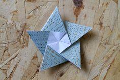 foldede stjerner, DIY ophæng, flotte ophæng, kreative ophæng, lav flotte ophæng, ophæng, ophæng i papir, papir ophæng, hjemmelavet juletræspynt i papir, ideer til julepynt i papir, juletræspynt af papir, ophæng i papir, papir, papir ophæng, julestjerner, sådan folder du en stjerne, origami,
