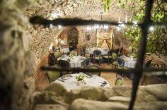 Restauracja   Piwnica Rycerska Restaurant Design, Good Music, Table Settings, Good Things, Table Decorations, Places, Hotels, Design Ideas, Interiors