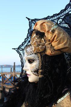 Venice Carnival - Venice, Italy Mehr