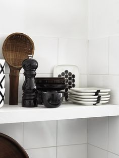 The most comprehensive selection of Finnish and Scandinavian design online. 50s Style Kitchens, Kitchen Dining, Dining Room, Marimekko, Kitchen Styling, Scandinavian Design, Interior, Kitchen Things, House