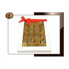 Chocolade munten verpakt in luxe wit venster doosje.  Gewicht 380 gram. Smaak Melkchocolade. Te bestellen vanaf 100 stuks. #chocolade #muntjes