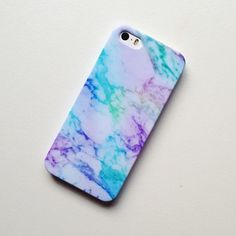 Marble your phone case with water and nail polish