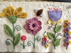 Apliques de fieltro wool flowers colors for life.my stitches would be different but like this! Motifs Applique Laine, Wool Applique Patterns, Felt Patterns, Felt Applique, Flower Applique, Embroidered Flowers, Hand Applique, Quilting Patterns, Felted Wool Crafts
