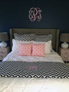 Pink and Black Queen Size Bed Scarf and Custom Bedding. Designer headboard, custom pillows, exclusive bed scarf, window panels, wall art, bed skirts, twin/queen/king duvet and custom monogramming!! Perfect for college, apartment, or teen bedding!! Teen room makeover. Teen girl bedroom. Trendy teen bedding.
