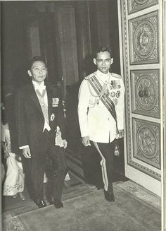(L-R) Philipines President Ferdinand Marcos and HRH King Bhumibol of Thailand in 1967