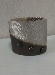 Bracelete Couro prata/cobre escuro http://instagram.com/petalasdemaria  https://www.facebook.com/profile.php?id=100004666594323
