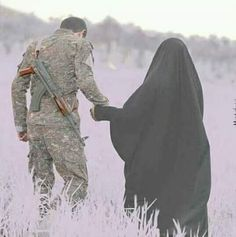 Halal love is happiness! Wedding Couple Photos, Cute Couple Pictures, Love Photos, Cute Muslim Couples, Romantic Couples, Cute Couples, Army Love Photography, Couple Photography, Fire And Ice Wallpaper