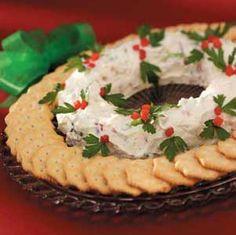 Bacon Cheese Wreath Recipe.  Cream Cheese, Mayonnaise or Miracle Whip, Grated Parmesan Cheese, Sliced Green Onions (optional), Crumbled Bacon Strips, Parsley Sprigs & Diced Pimientos to accent.  Serve with assorted crackers.