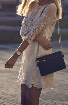 // Fabulous 3/4 sleeve lace dress
