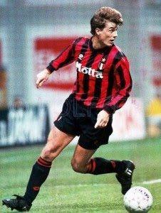 Brian Laudrup (AC Milan, 1993–1994, 9 apps, 1 goal)