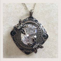 Vintage pendant-Pinup, retro, pinup couture Adds beauty to any outfit. I received so many compliments when I wore it. Sterling silver stamped 925 Vintage Jewelry Necklaces