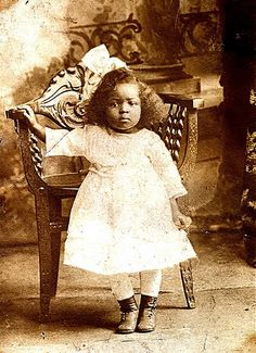 adorable child early 1900s