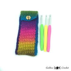 One of this week's Featured Picks at the Link & Share Wednesday Link Party: Crochet Hook Pouch - Free Crochet Pattern Designed by Goddess Crochet! Get your free pattern here: Crochet Pencil Case, Crochet Hook Case, Free Crochet Bag, Crochet Phone Cases, Crochet Pouch, Diy Crochet, Crochet Hooks, Crochet Bags, Crochet Ideas