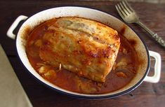 This is definitely one of those recipes to prepare for a family dinner! This pork loin in the oven is a simple, quite tasty and comforting recipe. Bon appetit!!!