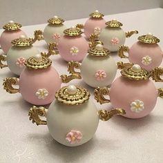 Acredite, são doces de verdade! Ótimo para chá de bebê, chá de panela, chá das princesas... ...