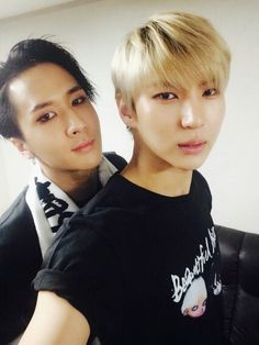 Ravi and Leo. My two favs of VIXX :3