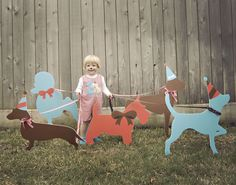CLASSIC PUPPY PARTY by WH HOSTESS: Cute photobooth idea- Pose with the pups!