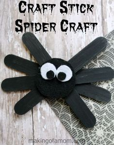 Cute and easy Craft Stick Spider Craft, perfect for Halloween crafting. Cute and easy Craft Stick Spider Craft, perfect for Halloween crafting. Kids Crafts, Daycare Crafts, Fall Crafts For Kids, Craft Stick Crafts, Toddler Crafts, Crafts To Make, Craft Kids, Kids Diy, Easy Crafts