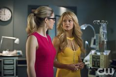 """Arrow -- """"Public Enemy"""" -- Image AR318A_0297b -- Pictured (L-R): Emily Bett Rickards as Felicity Smoak andCharlotte Ross as Donna Smoak -- Photo: Diyah Pera/The CW -- © 2015 The CW Network, LLC. All Rights Reserved.pn"""